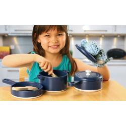TreeHaus 8-piece Kitchen Playset