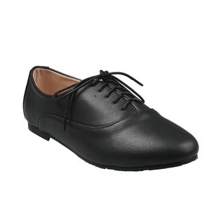 Black Refresh by Beston Women's 'Galen-01' Low Top Lace-Up Oxford Shoes
