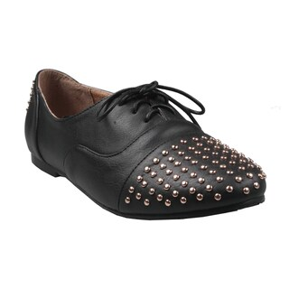 Refresh by Beston Women's 'Galen-02' Studded-Toe Lace-Up Black Oxford Shoes