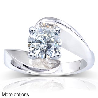 14k White Gold Round-cut Moissanite Solitaire Curved Ring
