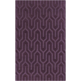 Hand-crafted Grape Aztec Geometric Purple Wool Rug (8' x 11')
