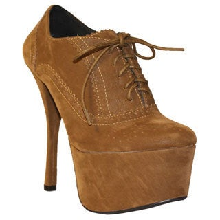 Fahrenheit Women's 'Jean-16' Oxford Style Platform Pumps