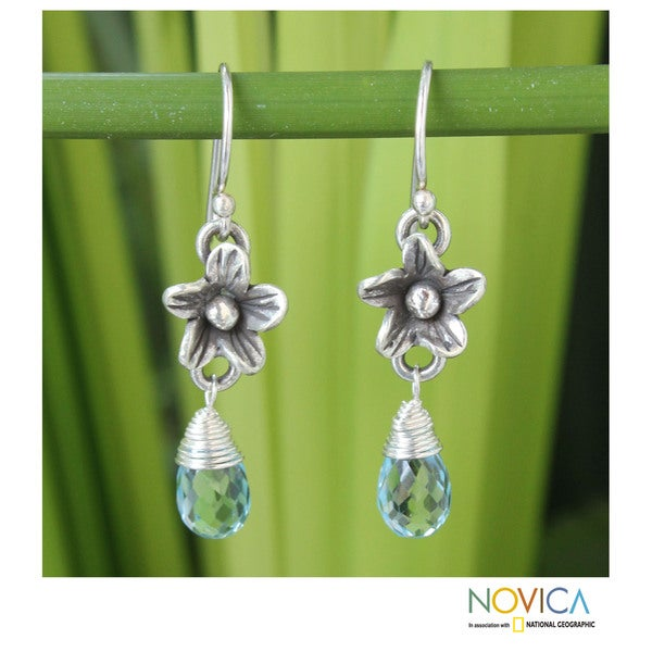 Sterling Silver 'Rainforest Dew' Blue Topaz Earrings (Thailand)