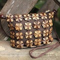 Handcrafted Coconut Shell 'Petite Garden' Shoulder Bag (Thailand)