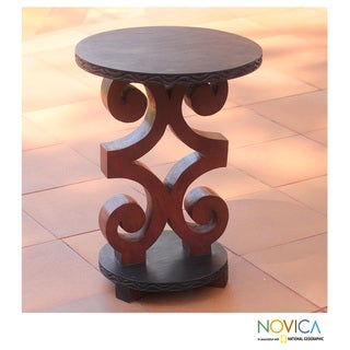 Sese Wood 'African Ram's Horn' Accent Table (Ghana)