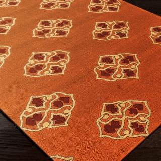 Hand-hooked Orange Stencil Indoor/Outdoor Rug (5' x 7'6)