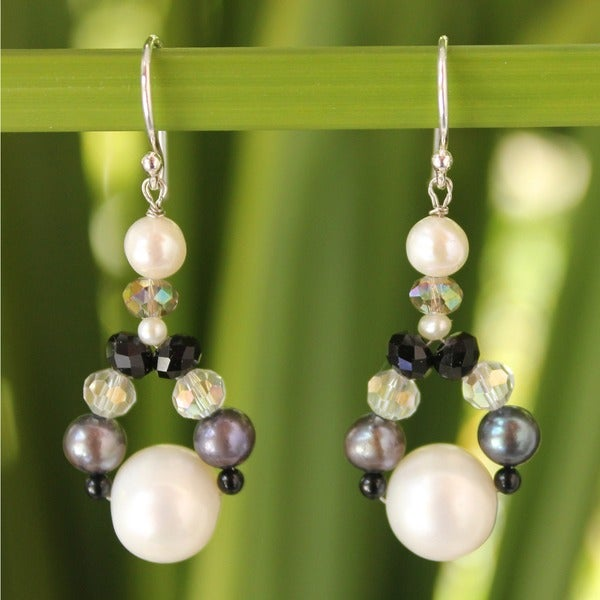 Pearl and Agate 'A Spark of Romance' Earrings (3-8.5 mm) (Thailand)