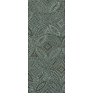 Hand-tufted Green English Ivy Floral Wool Rug (2'6 x 8')