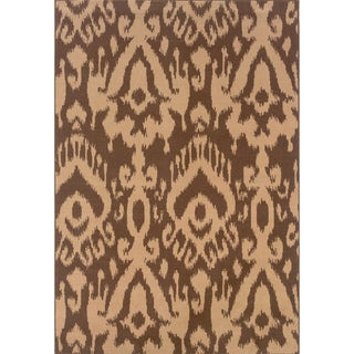 Brown/ Ivory Area Rug (6'7 x 9'6)