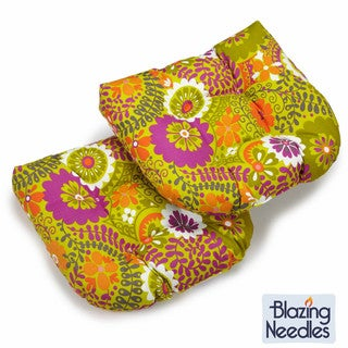 Blazing Needles 19-inch U-shaped Spun Poly Outdoor Cushions (Set of 2)