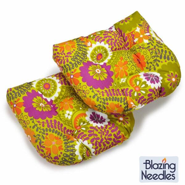 Blazing Needles 19-inch U-shaped Spun Poly Outdoor Cushions (Set of 2)