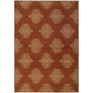 Orange/ Beige Area Rug (6'7 x 9'6)