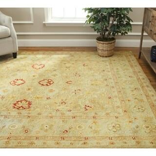 Safavieh Handmade Majesty Light Brown/ Beige Wool Rug (8' x 10')