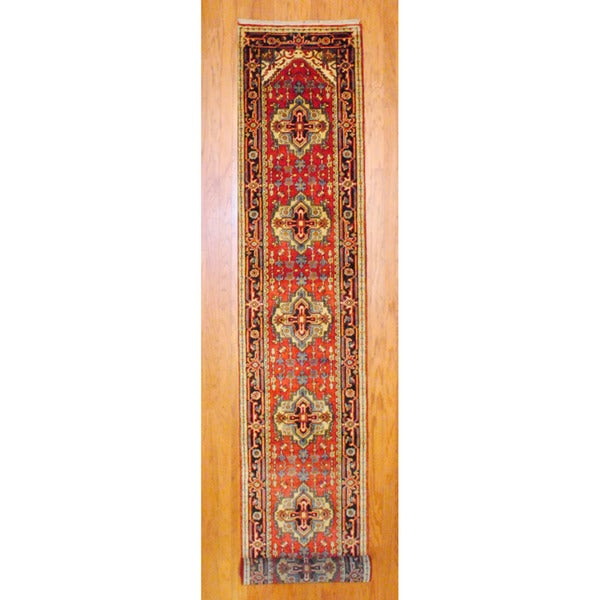 Indo Hand-knotted Heriz Red/ Navy Wool Rug (2'6 x 16')