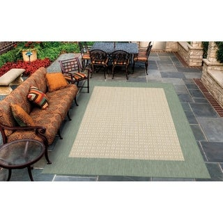 Recife Checkered Natural/ Green Rug (5&#39;3 x 7&#39;6)