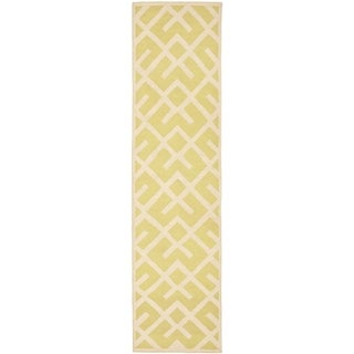 Safavieh Hand-woven Moroccan Reversible Dhurrie Light Green Patterned Wool Rug (2'6 x 6')