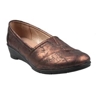 Refresh by Beston Women's 'Dido' Bronze Slip-on Loafers