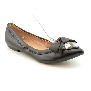 Tahari Women's 'Melissa' Leather Dress Shoes