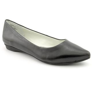 White Mountain Women's 'Truth' Leather Dress Shoes