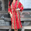 Women's Rayon Batik 'Tropical Red' Robe (Indonesia)