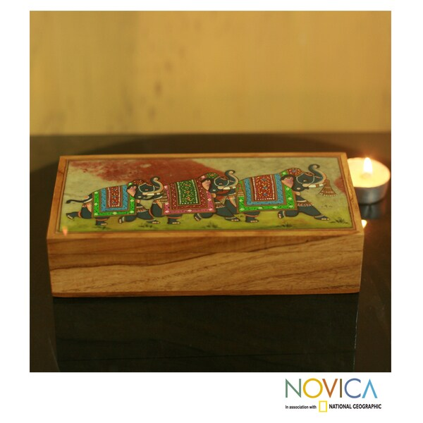 Hand crafted Teakwood 'Royal Trio' Soapstone Jewelry Box (India)