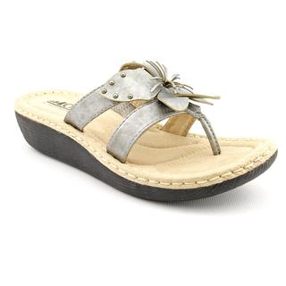 White Mountain Women's 'Croquet' Faux Leather Sandals