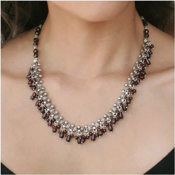 Handmade Sterling Silver Mughal Regent Red Garnet Necklace (India)