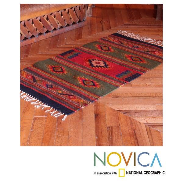 Hand-woven Wool 'Center Cross' Zapotec Rug (2.5 x 5 feet) (Mexico)