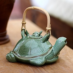7.9-inch Ceramic 'Mother Sea Turtle' Teapot (Indonesia)