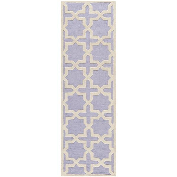 Safavieh Handmade Moroccan Cambridge Lavender Wool Rug (2'6 x 6')