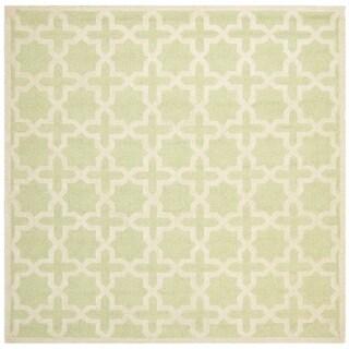 Safavieh Handmade Cambridge Moroccan Light-Green Small-Geometric-Motif Wool Rug (6' Square)
