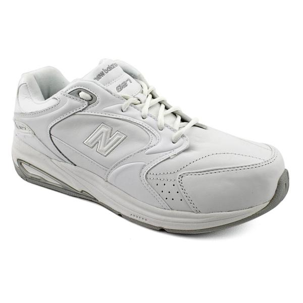 New Balance Women's 'WW927' Leather Athletic Shoe - Extra Wide (Size 5.5)