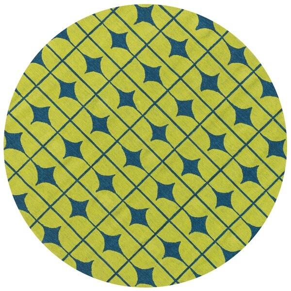 Hand-hooked Indoor/ Outdoor Capri Lime Rug (7u0026#39;10 Round ...