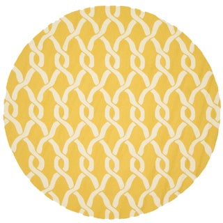 Hand-hooked Indoor/ Outdoor Capri Gold Rug (7'10 Round)