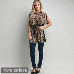 Stanzino Women's Animal Print Kimono Sleeve Wrapped Top