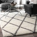 nuLOOM Soft and Plush Moroccan Trellis Shag Rug (4' x 6')