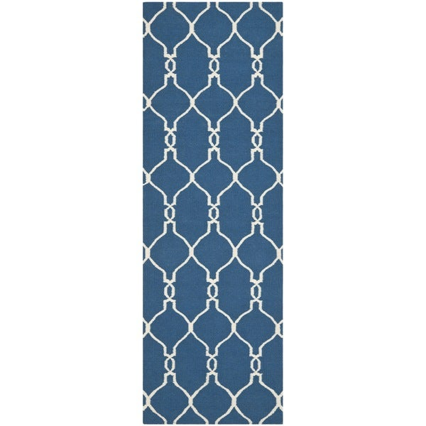 Safavieh Hand-woven Moroccan Reversible Dhurrie Dark Blue Wool Rug (2'6 x 8')