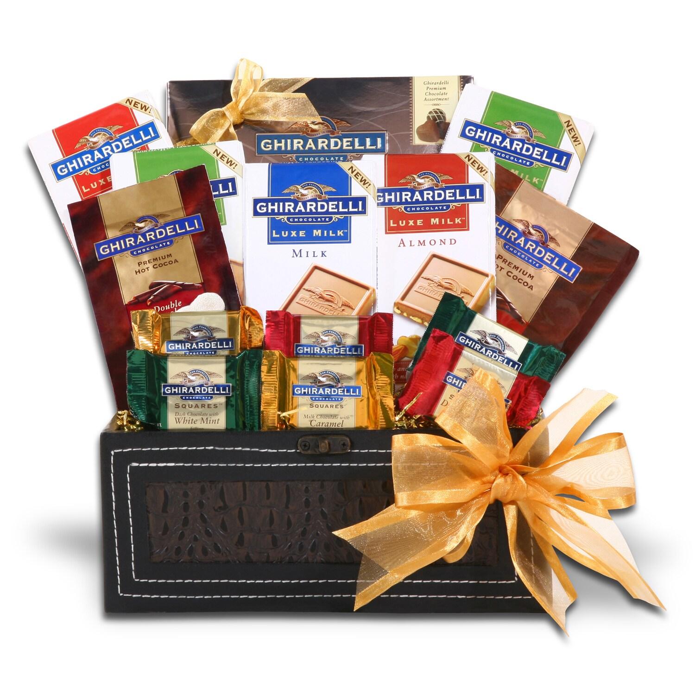 Alder Creek Trunk of Excellence Gift Basket