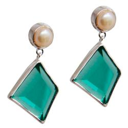 Adee Waiss Sterling Silver Green Crystal and FW Pearl Earrings (7 mm)