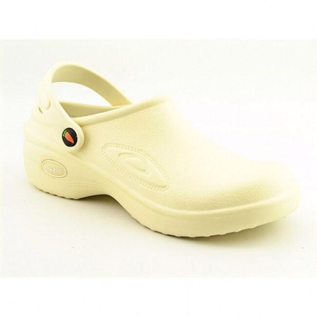 Veggies Women's 'Med-Lite' Ivory Clogs Shoes