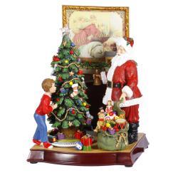 Santa's Arrival Musical Figurine