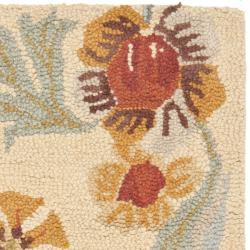 Safavieh Handmade Blossom Beige Wool Rug (2' x 3')