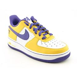 Nike Boys' Air Force 1 White/ Varsity Purple Basketball Shoes
