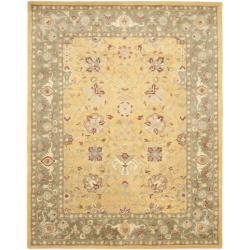 Handmade Traditions Gold/ Sage Wool Area Rug (7'6 x 9'6)