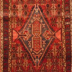 Persian Hand-knotted Hamadan Red/ Blue Wool Rug (3'3 x 16'2) (Iran)