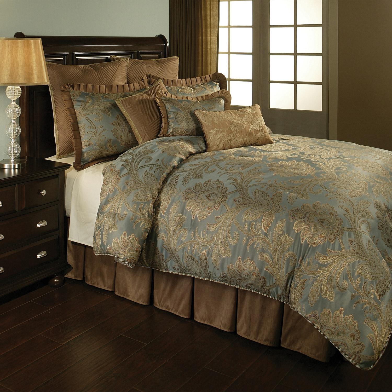 la boheme luxury 4 piece queen size comforter set. Black Bedroom Furniture Sets. Home Design Ideas