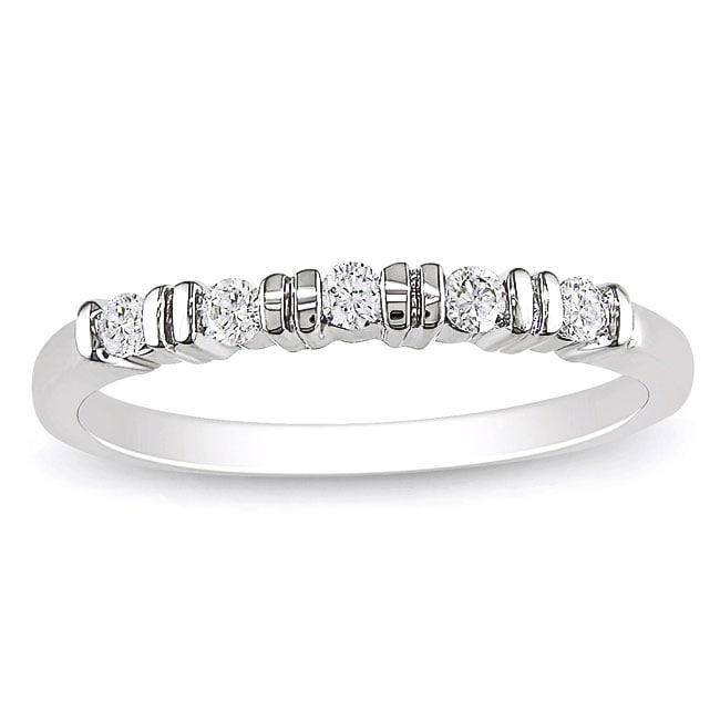 Miadora 10k White Gold 1/6ct TDW Diamond Anniversary Ring (G-H, I1-I2)