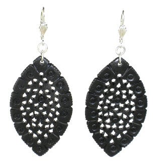 Lacy Leaf-Shaped Carved Earrings - Black (India)