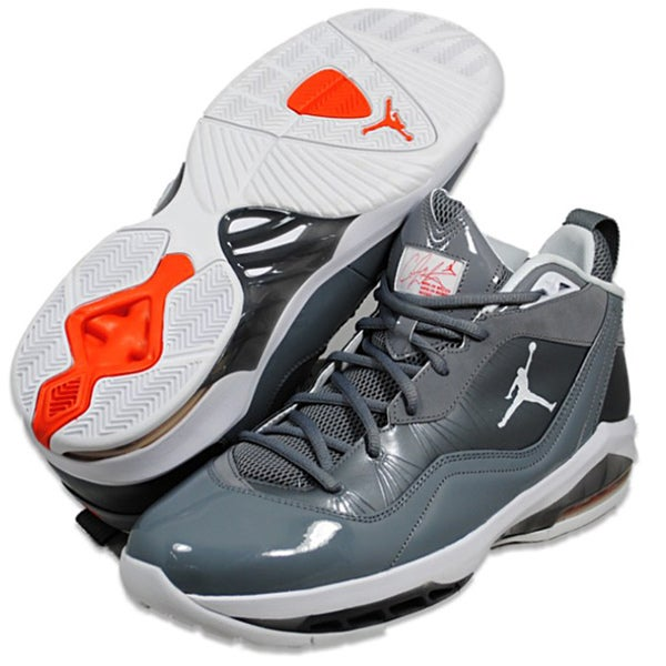 Nike Men's 'Jordan Melo M8' Basketball Shoes