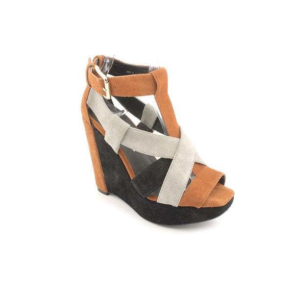 Pour La Victoire Women's 'Braden' Regular Suede Sandals